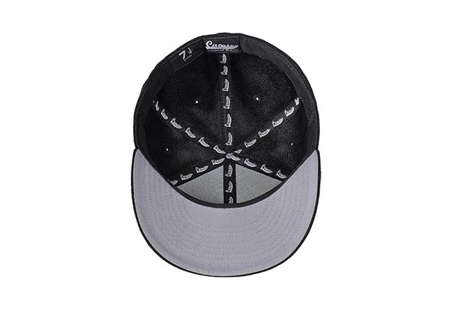 Snapback Cap Schwarz 72 Unterseite