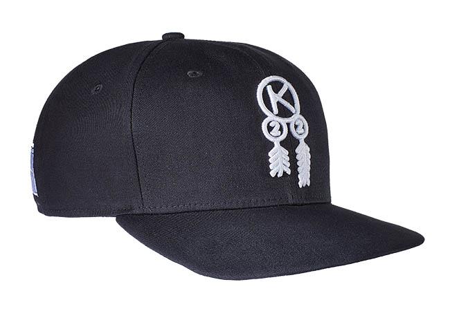 Snapback Cap schwarz 605 Seitenansicht