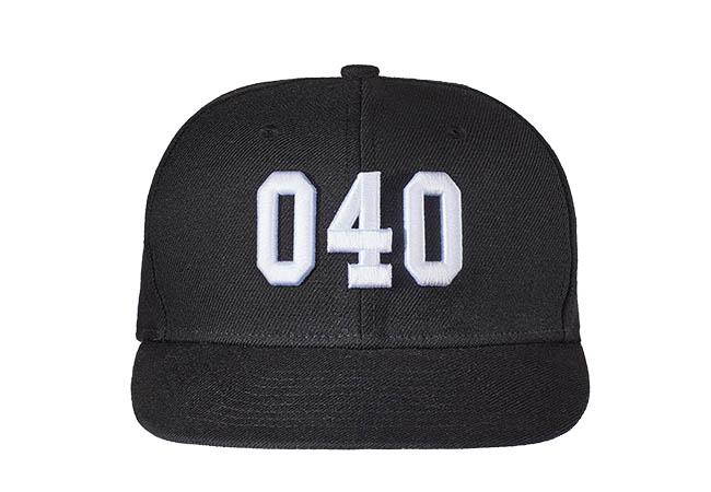 Snapback Cap schwarz 534 Vorderseite